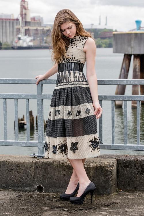 non fabric dress (1)