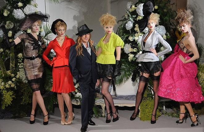 Galliano Fashion Week